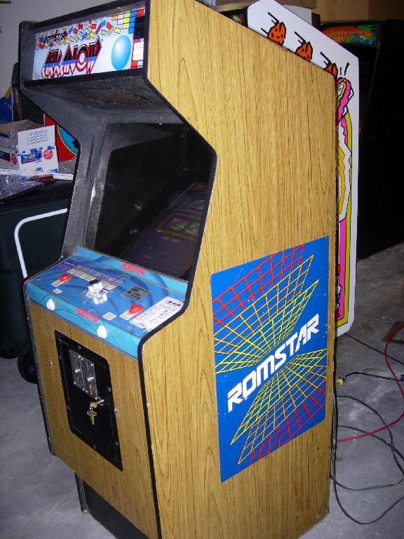 Arkanoid Upright Arcade Game